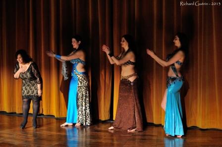 Final du défilé - Sahar Okasha et la compagnie Ouest Oriental (Ingrid, Sirine, Nadhia)